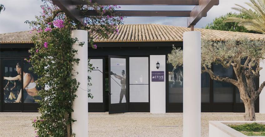 Fachada Studio Active no Pine Cliffs Resort